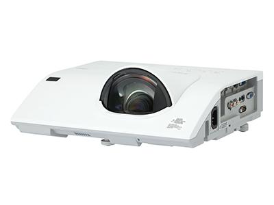 日立 HCP-Q300W 投影机 3200流明 1280*800分辨率 5000:1对比度 70厘米打80寸、16:10宽屏