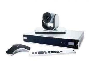 寶利通  Polycom Group700 Group 700具有豐富的音視頻接口,適用于各種從簡單到復雜的高級應用,是大型會議室是一個理想的解決方案。