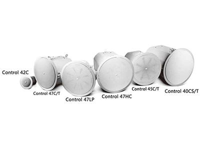 Control 40系列揚聲器  為嚴苛的專業應用而設計;三軸型號及超緊湊衛星揚聲器和天花板嵌入式超低揚聲器;適合在現場使用的一體式后蓋。