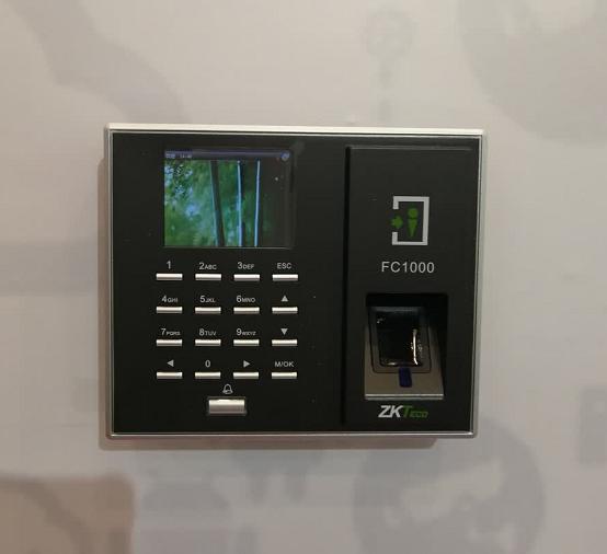 中控智慧FC1000/FC2000/FC5000项目型指纹门禁一体机全彩屏显示 可订制ID IC刷卡  选配手机APP门禁