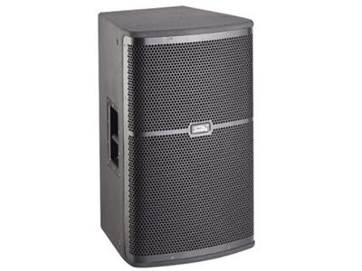 """音王  K212 工程音响 """"类型 二分频12"""""""" 全频音箱  频率响应  65Hz~18kHz(±3dB)        55Hz~20kHz(-10dB)  灵敏度(1W@1m)  97 dB     额定阻抗  8Ω    额定功率300W(连续),1200W(峰值)  分频点  2kHz  低音单元  12"""""""" 中低音 / 75mm音圈  高音单元  PK膜 / 44mm音圈   覆盖角(水平x垂直)  90°x50° 最大声压级(@1m)  128dB   箱体尺寸(WxHxD) 358x581x3"""