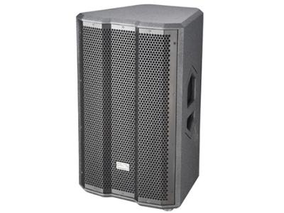 """音王  KT315AC 工程音响 """"类型  三分频有源音箱   频率响应  50Hz~18kHz(±3dB)   功放功率  1500W(EIAJ)   最大声压级(@1m)  137dB(峰值)   覆盖角(水平x垂直)  60°x60°   分频点(低频/中频)  300Hz/2kHz   低音  1x15"""""""" /φ75mm 音圈   中音  1x2"""""""" /φ50mm 音圈   高音  1x1.75"""""""" /φ44mm 音圈   35mm 支架安装孔  是   输入灵敏度  0dBu   连接器  RCA/XLR"""