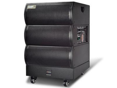 """山水  SG5-15  电瓶箱 """"低音:140磁8配8同轴 高音:80磁高音 电池:30AH/12V 红外对频双手咪 功放输出功率:200W """""""