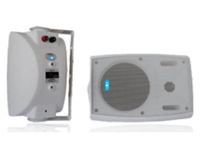 "FiFi  FM-04  壁挂式扬声器 ""功能特点: ABS塑料外壳扬声器,内置110V音频变压器 本系列作为最畅销的产品系列,物美价廉.本系列有4""""低音喇叭配相应高音喇叭,本系列为定压式扬声器,有两款颜色可选择:(黑色,白色)。 设备参数  额定功率:10W-20W 额定电压:110V 频率响应:55Hz-19KHz 灵敏度:91dB 外形尺寸:150x130x215mm 喇叭单元:4""+高音"""
