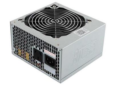 航嘉GS605  适用类型:台式机 额定功率:500W 风扇描述:12CM风扇 CPU供电接口:4+4pin 供电接口(大4pin):1个 SATA接口:3个