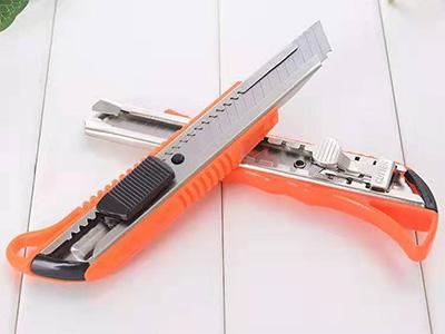 優質美工刀