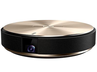 堅果E9I 智能家庭影院高清分辨率顯示,2GB+8GB存儲搭配,并采用低調奢華的黑金機身設計