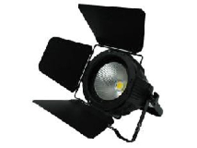 "LED面光 YR-COB200W ""技术参数: 1.工作电压:AC110V-240V,50/60HZ 2.额定功率:200W 3.灯珠功率:100W纯白+100W暖白 4.灯珠数量:1颗 5.频闪:0-20HZ 6.调光:标准模式+4种调光曲线 7.出光角度: 60度,可加挡光板改变角度 8.散热:风扇温控启动 9.噪音:1.5米外同环境噪音 10.控制信号:DMX512 11.操作模式:DMX512、手动 12.净重:1.5KG """