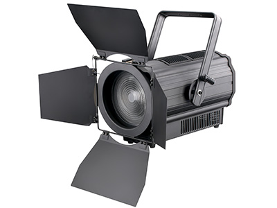 "LED 300W聚光灯  YR-ST300W ""300W回光灯                                                                                                          额定电压: AC100-240V, 50/60Hz 额定功率:330W 光源: 集成300W暖白高显指LED灯珠 使用寿命: 50000小时 外壳: :全铝外壳加耐高温工程塑胶,IP20 调光: 0-100\%  频闪: 0-20Hz  光束角度: 20-60o"
