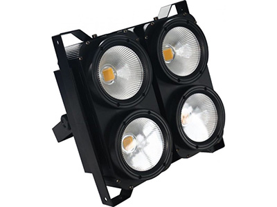"LED四眼观众灯  YR-100W*4 ""技术参数: LED四眼观众灯 光源:100WLED灯珠*4颗 色温:3200-6500 总功率:450W 光源寿命:50000-100000 调光频率:1000Hz 驱动电流:700mA 频闪:1-10次/每秒 透镜角度:60° 式:DMX512,自走、主从 操作非常简单,人性化设计,调光无闪烁、无抖动现象等。可适应摄影,照相、电视台等对灯光要求严格的场合。色温、亮度和频闪可以通过DMX512信号调节。节能、耐用、噪音低、光色柔和、无抖动现象。"