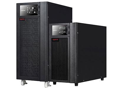 山特 城堡3C10-20K  在线式UPS  城堡系列新一代3C10KS ~ 3C20KS 传承上一代产品的优良品质,采用双转换纯在线式架构,外形美观,产品性能和产品可靠性大大提升。 对电网出现的断电、市电电压过高或过低、电压瞬间跌落或减幅震荡、 高压脉冲、电压波动、浪涌电压、谐波失真、杂波干扰、频率波动等状 况提供理想的解决方案,为用户负载提供安全可靠的电源保障。 城堡系列3C10KS ~ 3C20KS 是一款具有强大适应性、配置灵活的产品,采用先进的DSP数字控制技术,提供了非常丰富的可扩展功能, 用户可以根据需要灵活配置。