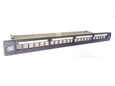 """厚德纜勝  折疊式配線架 24口模塊式數據配線架,單獨模塊安裝及便于管理  塑料面板+鋼質底板整體結構,保證產品更高的機械強度,提供優秀的外觀質量  按壓式有機玻璃標簽框,可打印更換的標示紙,端口信息管理更清晰方便  表面噴塑銀灰色,獨特遮耳式隱藏螺絲設計,美觀大方  帶后置折疊式理線架,方便布線  可安裝24個超五類/六類/六A類非屏蔽模塊,也可選配相應的帶LED燈模塊或帶防塵蓋模塊  標準19""""""""安裝,適用范圍廣,安裝、維護、擴容簡便快捷"""