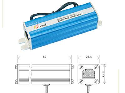 厚德纜勝  單路網絡防雷器 ◎ 厚德纜勝系列網絡信號電涌保護器依據IEC及ITU-T相關防雷標準設計,采用多級保護電路,選用進口高速保護器件,低電容設計,響應速度快,輸出殘壓低,傳輸性能優越。接口采用標準RJ45屏蔽水晶頭,適用于ETHERNET 10/100/1000M  BASE T網絡設備 (如SWTICH、HUB、ROUTER ) 的過電壓防護,抑制線路上的高壓脈沖,保護后端設備免受雷電、工業浪涌的損害。  ◎ 本產品選用金屬外殼、密封性好,具有防塵防腐蝕功能,采用串聯方式連接,安裝于被保護設備和外線之間。