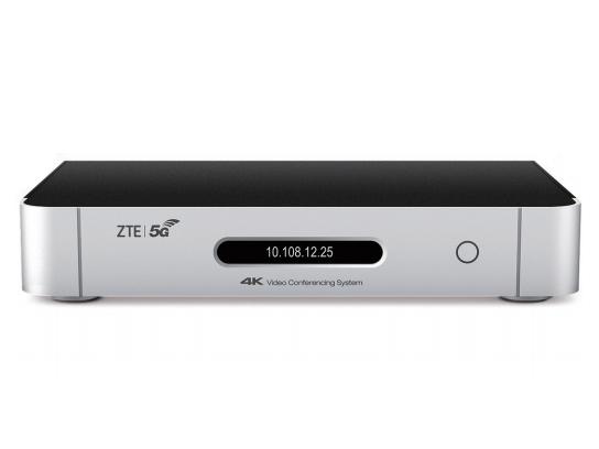 中兴 ZXV10 XT802 5G 超高清视频会议终端 支持 AI 智能会议服务,具备完善的会控功能,可便捷组织会议,同时支持国密算法加密,带来安全易用的全新使用体验。