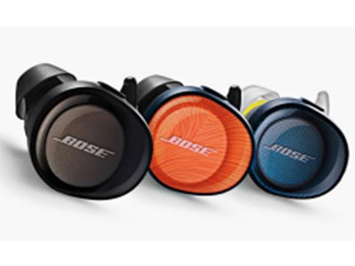 Bose SoundSport Free 真 无线蓝牙耳机  1、摆脱耳机线的涉及,真正实现真无线; 2、鲨鱼鳍硅胶耳塞,长时间佩戴也倍感舒 适和稳固;3、数字信号处理技术结合音量 优化均衡器和自有的声学涉及,确保在各种 音量下都呈现清晰、饱满和均衡的音效;4 、IPX4 防水;5、充电一次可使用5小时, 便携充电盒可额外剔红10小时的使用电量, 快速充电15分钟可续航45分钟