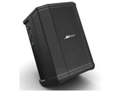 Bose S1 Pro 多功能音乐 系统 1、多功能PA音乐系统,小巧便携; 2、蓝牙连接,混响; 3、锂电,交流电双用; 4、三通道混音器,麦克风,吉他,乐器; 5、ToneMatch技术快速处理麦克风和原生吉 他声音; 6、平面摆放,反听,支架,后倾多种摆放 和使用方式,随时随地的演唱会;