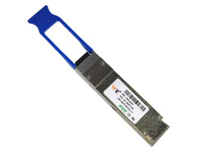 源拓  QSFP+-IR4   QSFP+光模块 l4 CWDM通道MUX/DEMOX设计  l每波长最高12.5Gbps数据速率  l符合QSFP的MSA标准  lIEEE802.3ba电气接口  l传输达2公里  l光链路预算:9.5dB  l操作箱温度:20~65℃  l最大3.5W工作功率  lSMF LC双路连接器  l符合RoHS标准