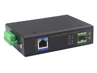 宇航光通 百兆1光1电SFP 非网管工业级交换机 ZXR11F-SFP 1路百兆电口+1路百兆FX光口工业级以太网交换机,支持1个10Base-T/100Base-TX电口和1个100Base-X光口。产品符合FCC、CE、ROHS标准。YHR11F系列交换机具有-40℃~85℃的工作温度,具有超强的坚固度能适应各种严苛环境,也可以非常方便的安置在空间紧凑的控制箱中。导轨的安装特性、宽温操作及拥有IP40防护等级的外壳及LED指示灯,使YHR11F成为一个即插即用的工业级设备,为用户的以太网设备联网提供可靠、便捷的解决方案。