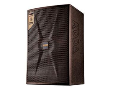 """科达  KT-101专业卡包音响 两分频两单元音箱设计 箱体采用15mm高强度中密度板,表面应用专业级喷涂工艺喷以工业级棕色漆,精心设计的锥形纸盆低音单元及号角式高音单元完美结合,令低频完美再现,高频清晰,穿透力强,精确设计的分频电路能优化频率响应及人声部分中频表现力。内置高音保护电路,避免功率过载而中断使用。系统类型:2-way 1x10""""Full range system      额定功率:200W/8Ω   峰值功率:400W/8Ω     频率响应:43HZ~18KHZ    灵敏度:96DB(1M/1W)"""