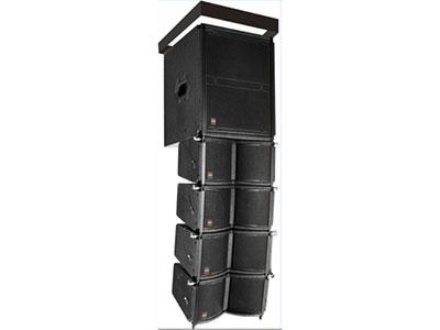 """科达 KLS-204 """"   KLS-204是一款迷你型、高精度一体化的线性阵列扬声器系统,系统可提供堆码、支撑、吊挂多种应用方式。 单元配置:两只4""""""""钕磁全频单元,箱体采用多层复合夹板,全新声学设计,体积小巧精致,外观时尚高档。 产品参数: 系 统 :2单元全频线阵列音箱 频率范围:125Hz-18kHz(±3dB) 标称覆盖角(HxV): 120°x10° 灵敏度(1Watts@1m):95dB 标称阻抗 :16Ω 额定功率(Watts RMS):50W"""
