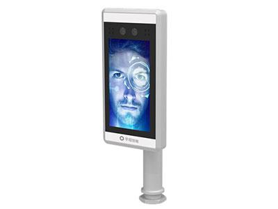 芊熠  LG02(闸机式) 7寸高清显示屏,双目活体检测,有效杜绝照片、视频欺骗,30000人脸库,嵌入式Linux系统,高达99.9%的人脸识别准确率。