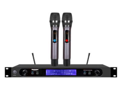 """特美声  KT43-02特价40组调频带充电双手持 """"1.频率范围UHF 650.00MHz-680.7MHz频段 2.调制方式DQPSK 3.可调信道数40信道 4.信道间隔300KHz 5.振荡方式PLL锁相环频率合成 6.频率稳定度≤20ppm 7.动态范围 100dB 8.频率响应 20HZ-20KHz(±3dB) 9.综合信噪比≥96dB 10.综合失真度≤0.05\% 11.发射功率 ≤10dbm 12.接收灵敏度 96dbm 13.输出阻抗 1KΩ 14.工作距离 30m~80m  """""""