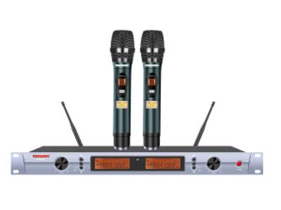 """特美声  KT43-30200组调频双手持 """"1.频率范围UHF 650.00MHz-709.70MHz频段 2.调制方式DQPSK 3.可调信道数200信道 4.信道间隔300KHz 5.振荡方式PLL锁相环频率合成 6.频率稳定度≤20ppm 7.动态范围 100dB 8.频率响应 20HZ-20KHz(±3dB) 9.综合信噪比≥96dB 10.综合失真度≤0.05\% 11.发射功率 ≤10dbm 12.接收灵敏度 96dbm 13.输出阻抗 1KΩ 14.工作距离 30m~100m  """""""