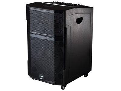 """特美声  GD15-25 """"喇叭尺寸:低音15寸、中音6寸、80磁高音 功率:200W 电池容量:40Ah/12V 功能:采用雅马哈调音台方案(5路带效果),消原伴唱,蓝牙,语音,录音,音频输出,话筒优先,外接12V 话筒:专用高端(U段)对频话筒 材质:高密度中纤压缩喷木箱、镭雕LOGO、轮子:万向轮 适用场合:广场舞,户外演出,商务促销,商务会议,大中小商演,旅行聚会"""""""