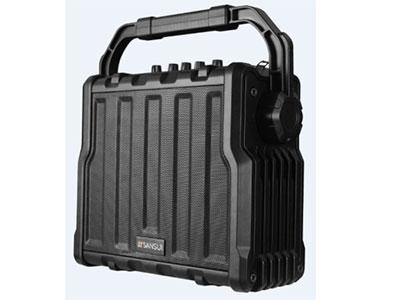 """山水  SS4-06   """"6寸反射式低音,3寸高音 电池:12V/5Ah(铅酸电池) 单手咪:UT32S(781.85MHZ) 电源适配器:15V/3A 功率:40W 频率响应:20HZ-20KHZ(+-3DB) 信噪比:≧75DB(A计权) 带遥控"""""""