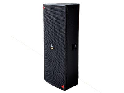 威皇   LVN-215中遠程音箱 特殊板材銜接結構,消除箱體自激諧振;長沖程低音驅動直接輻射式,聲音自然真實;低頻下潛飽滿有力,彈性豐富;中頻結實高穿透力,高頻細膩脫離出傳統的雙15寸高頻粗糙的風格;爆發力強,強烈的低頻包圍和現場感