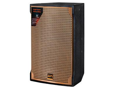 "QSN/韵强/英国)KP10单十寸包房娱乐音箱 ""•单元构成:低音1×10""""(156磁Φ65mm)                          •高音1×1.5"""" (Φ37.5mm) 环形聚乙烯振膜及钕铁硼磁钢的压缩高音单元 •频率响应:58Hz-20KHz  •额定功率(Rms):300W         •分频点:2.6K •灵敏度1W/1M:95B  •最大声压SPL:120dB               •阻抗:8欧姆 &#"
