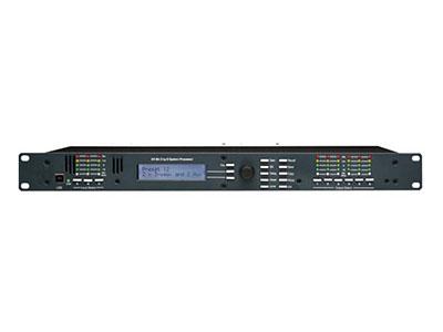 """QSN/韵强/英国)3.6sp音频处理器 """"3段输入/ 6 段输出数字信号处理器,具有能够精确而又广泛的对音频进行控制的功能。通过前面板界面上的功能按钮,允许快速发送所有控制参数,消除隐藏子菜单。背光 2 x 20 特性 LCD 显示通道和功能设置。相关按钮可访问所有音频功能和系统工具。更快捷设置和强大的可视输入/输出路由,EQ,滤波曲线系统,两个 USB 接口(一个在前面板,另一个在后面板)和 RS—232 接口可用于控制软件和 PC 连接。提供一个 6 英尺的 USB—A 到 USB—B 电缆。软件的使用优势在于它包括非常强大的预设能力,并"""