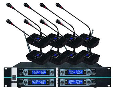 "QSN/韵强/英国)HD-8000一拖八无线会议话筒 ""载波频率:500-980MHz,采用微电脑CPU控制 PLL锁相环频率合成技术:2组频率可选,每组频率可同时最多使用3套(3*8=24个发射座咪);2组频率即最多可使用2*3=6套(2*3*8=48个发射座咪) 频率稳定性:105dB T.H.D失真:"