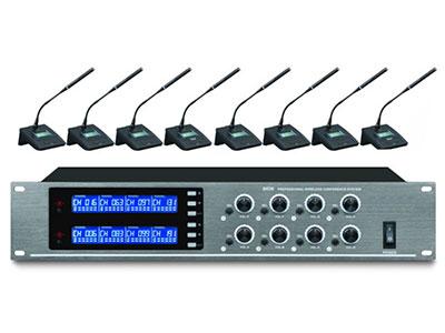 "QSN/韵强/英国)UDS-808一拖八鹅颈话筒 ""载波频率:500-980MHz,采用微电脑CPU控制 PLL锁相环频率合成技术:2组频率可选,每组频率可同时最多使用3套(3*8=24个发射座咪);2组频率即最多可使用2*3=6套(2*3*8=48个发射座咪) 频率稳定性:105dB T.H.D失真:"