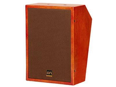 """QSN/韵强/英国)KH510影院主或环绕箱 """"该箱体用多层实木桦木夹板, 箱体强度大、重量轻,发声时箱体震动更少,有效减少更多有害驻波、杂波,影音还原度更加真实,音质更好。同时作为订制级影院中置音箱单元应有一定的声压级和动态表现能量,声音准确、有力、干净层次分明带来丰富的感官体现。                                                                                      •低音喇叭 : 1×10"""""""" (140磁Φ50mm)   •高音喇叭 :"""