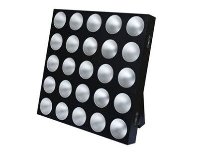"美辉 25颗LED矩阵灯MH-DB25A ""电压:AC100~240V,50/60Hz 光源:25*10W,LED成暖白灯珠(可 定做彩色),晶鑫灯珠 功率:330w 控制模式:DMX 通道模式:5/25/30通道 光束角度:10° 外壳:铝 尺寸:575*575*84mm     净重:10KG"""