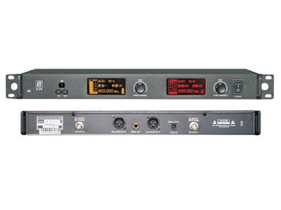 """锐丰 无线手持话筒QL5R/QL1 """"U段双手持双接收无线话筒(心型指向);                 射频载波范围(UHF):603~ 935MHZ; 振荡方式:PLL锁相环合成; 工作距离:理想条件下90M;                 搜频设置:内置传输频率搜索功能; 制式:FM调频; 预设通道:32; 频响范围:45HZ ~ 18KHZ(±3dB); 频带宽度:120MHZ; 系统失真/THD总谐波失真:  105dB(A); 电源要求:100-240V; 工作温度"""