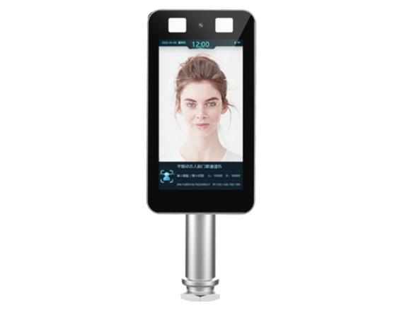 芊熠 YG01 动态人脸门禁通道机7寸高清显示屏,200万像素宽动态活体单目摄像头  人脸识别准确率99.9\\%以上,识别速度小于0.6s  30000级人脸库容量,支持1: 1和1:N混合识别模式