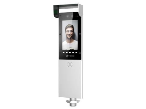 芊熠 PG02 动态人脸门禁通道机7寸高清显示屏,200万像素宽动态活体双目摄像头  人脸识别准确率99.9\\%以上,识别速度小于0.6s  30000级人脸库容量,支持双目活体防伪