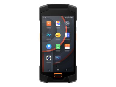 商米 P2 LITE 手持刷卡机 装在口袋握在手中,性能与便携均衡