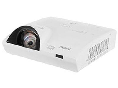 NEC  CK4155W 79CM投80寸;全新液晶教育投影机,双层过滤网超强防尘;网络多画面显示;自动节能模式;颜色增强模式;无缝切换功能;无PC演示功能;背景色校正功能;显示管理集中控制软件;