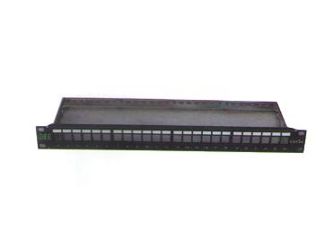 XB-O2UA24 线贝超五类24口配线架(模块式)