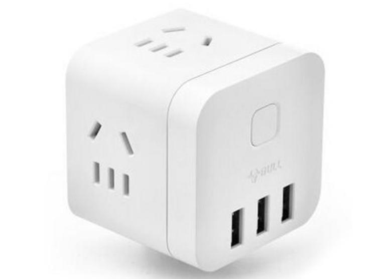 公牛(BULL) 魔方智能USB插座 插线板/插排/排插/接线板/拖线板 GN-U303UW 白色无线魔方USB插座