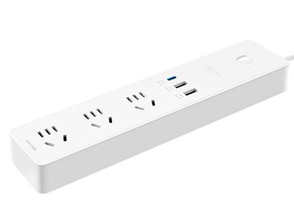 公牛(BULL)65WPD苹果快充C口USB插座/插线板/插排/排插/拖线板 3USB+3孔全长1.8米 GNV-UU2653