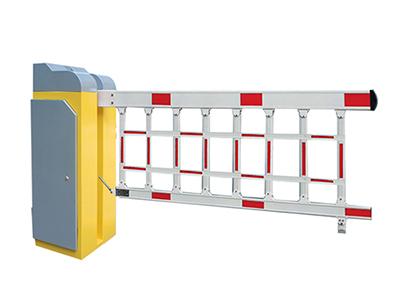 阿丽塔  四栏空降闸  空降闸采用最稳定矢量变频技术,启停平稳,速度快,空降道闸开闸关闸速度独立可调;延长产品使用寿命。