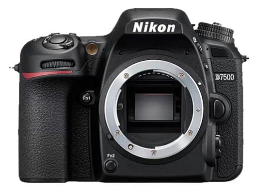 尼康 (Nikon) D7500 数码 单反相机 单机身+腾龙(Tamron)B018 18-200mm F/3.5-6.3 Di II VC防抖镜头